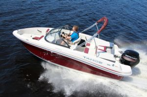 2016 Tahoe 450 TS Boat Test Photo