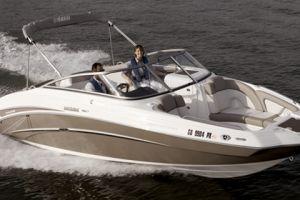 2010 Yamaha Sportboat 242 LIMITED