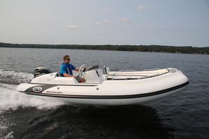 2018 Walker Bay Generation 525 Reviewed On BoatTest.ca