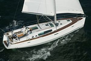 2011 Beneteau 46 Buyers Guide Photo