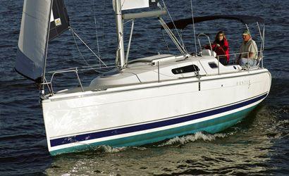 2011 Hunter Mid-Size Keelboats 27