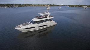 2020 Prestige Yachts 680