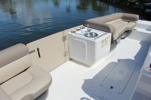 2015 Bayliner Element XR7 Boat Test Photo