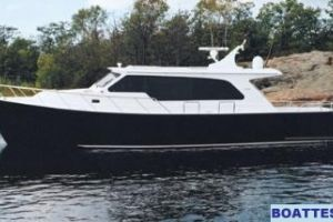 2008 Dovercraft 52' PH COUPE Buyers Guide Photo