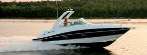 2018 Cruisers Yachts 315 EXPRESS