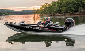 2020 Tracker Boats PRO TEAM 190 TX  Buyers Guide Photo