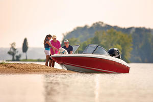 2019 Bayliner 160 BOWRIDER  Buyers Guide Photo