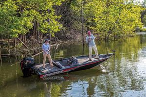 2018 Tracker Boats PRO TEAM 190 TX
