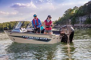 2018 Tracker Boats PRO GUIDE V-165 WT