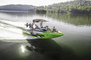 2018 Moomba Mondo Buyers Guide Photo