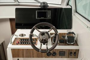 2020 Cruisers Yachts 45 CANTIUS Buyers Guide Photo