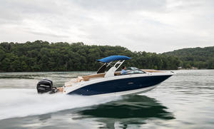 2020 Sea Ray SDX 290 OB Buyers Guide Photo