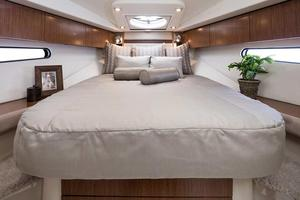 2020 Cruisers Yachts 38 EXPRESS Buyers Guide Photo