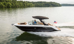 2020 Sea Ray SLX 280  Buyers Guide Photo