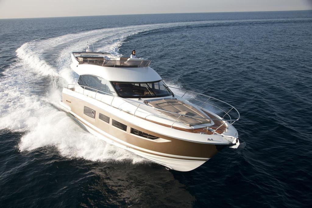 2019 Prestige Yachts 500