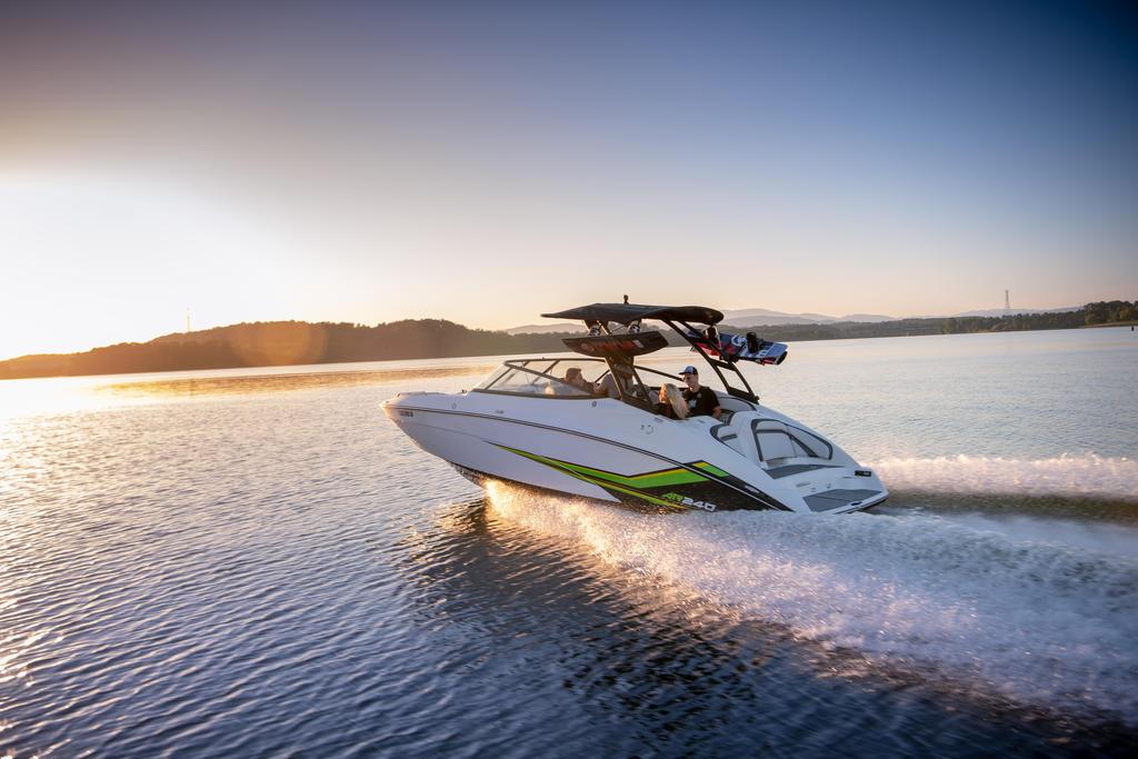 2019 Yamaha AR240