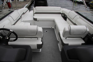 2018 Formula 270 BR Boat Test Photo