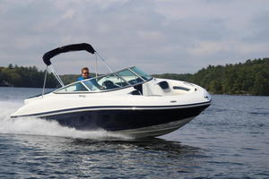 2018 Rinker 19QX BR Boat Test Photo