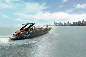 2020 Cruisers Yachts 338 SOUTH BEACH EDITION