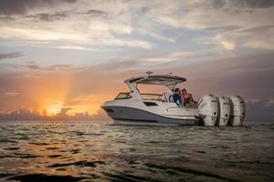 2019 Sea Ray SLX 350 OB