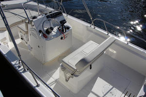 2018 Boston Whaler 170 Montauk Boat Test Photo