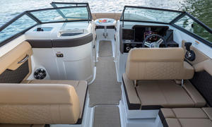 2020 Sea Ray SDX 270 Buyers Guide Photo