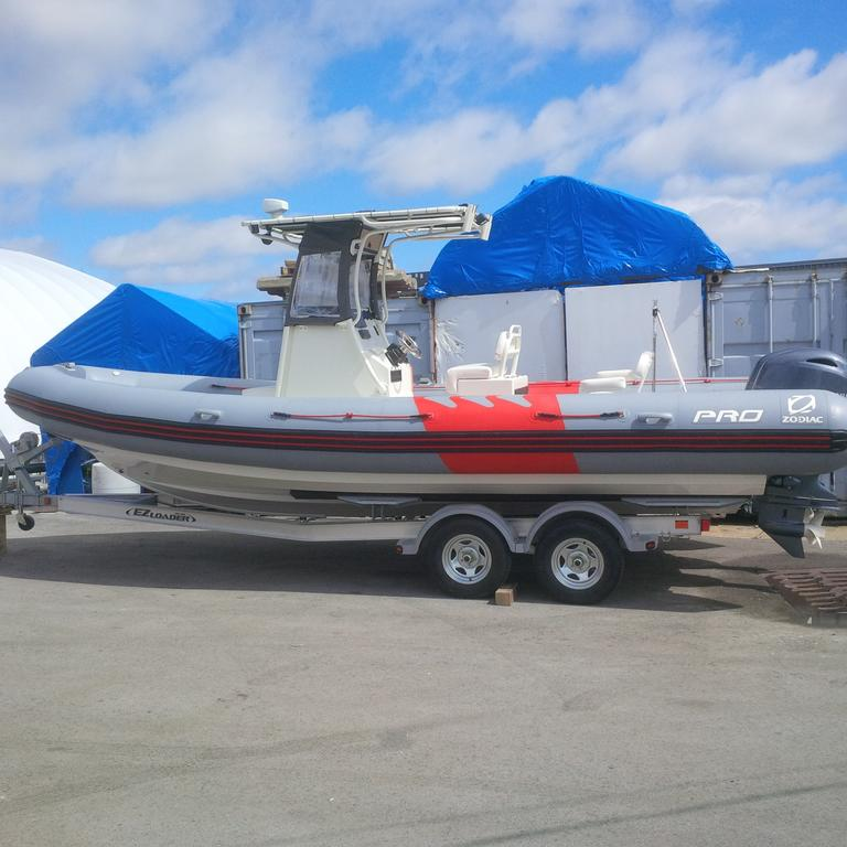 2018 Zodiac boat for sale, model of the boat is Pro 750 T Top & Image # 11 of 11