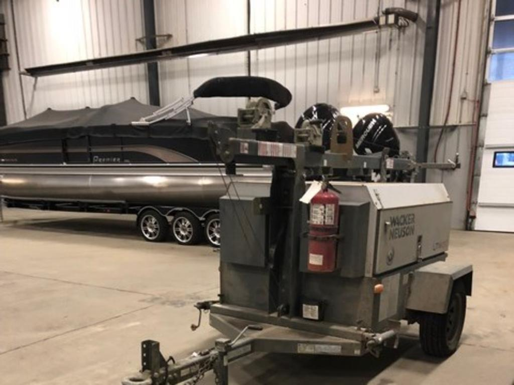 2013 Premier Pontoons boat for sale, model of the boat is 290 Grand Isle  & Image # 2 of 24