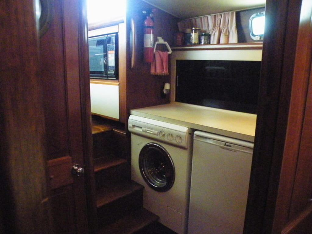1987 Gulfstar boat for sale, model of the boat is cabin cruser & Image # 14 of 15