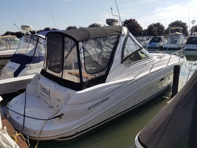 2008 Four Winns boat for sale, model of the boat is 338 VISTA & Image # 1 of 41