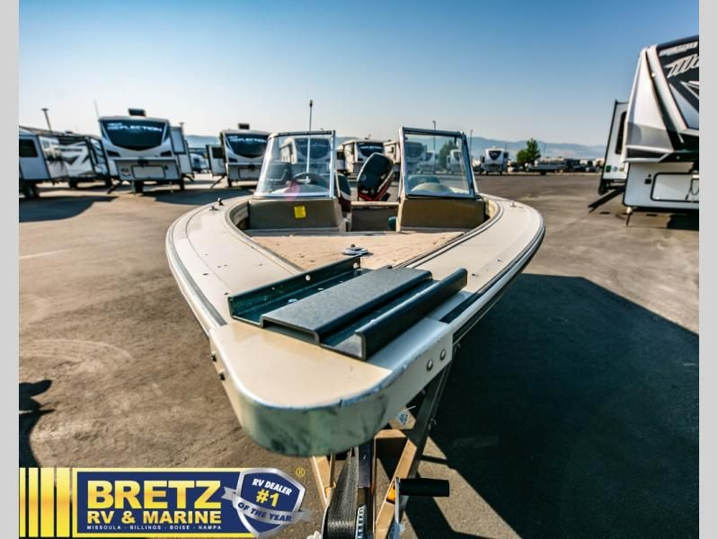 2000 Fisher boat for sale, model of the boat is Avenger Sport 17 & Image # 13 of 21