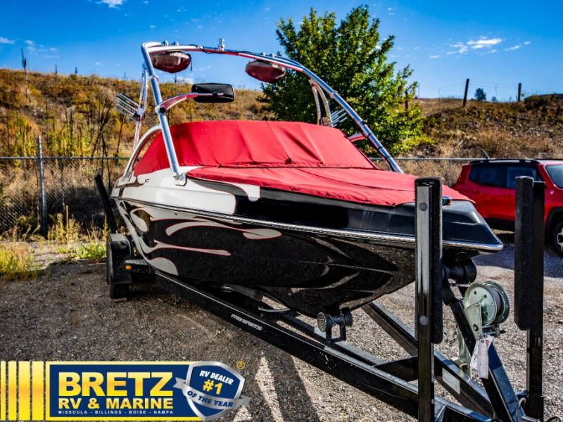 2006 MB Sports boat for sale, model of the boat is MB Sports B52 V-230 & Image # 1 of 11