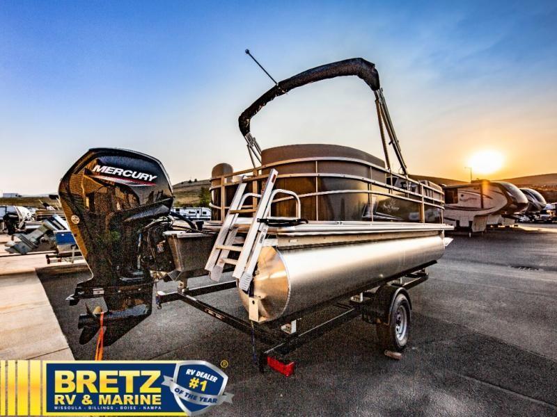 2022 SunChaser boat for sale, model of the boat is Vista 20 LR & Image # 1 of 17