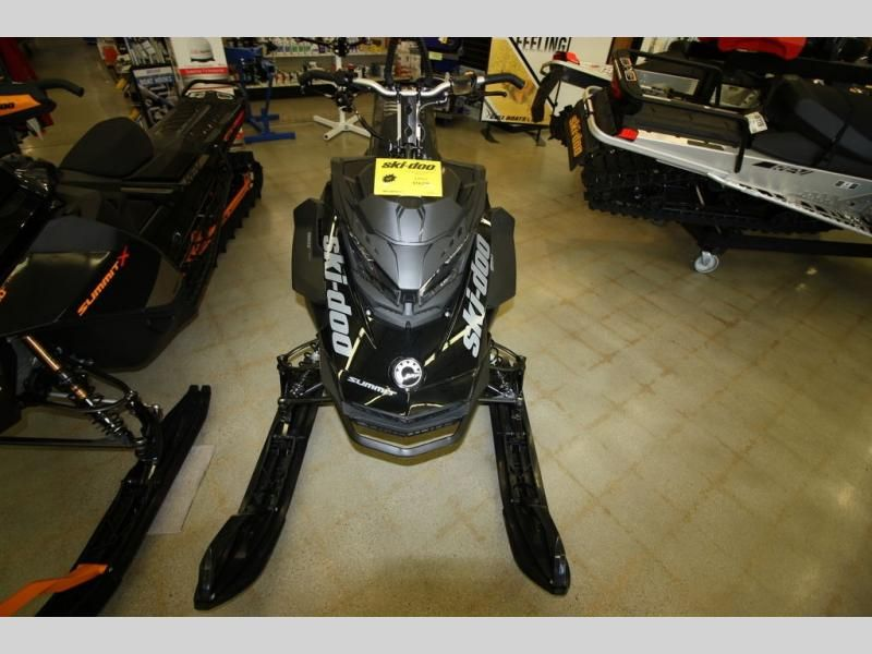 2020 Ski Doo boat for sale, model of the boat is SUMMIT SP 165 CFLD & Image # 1 of 8