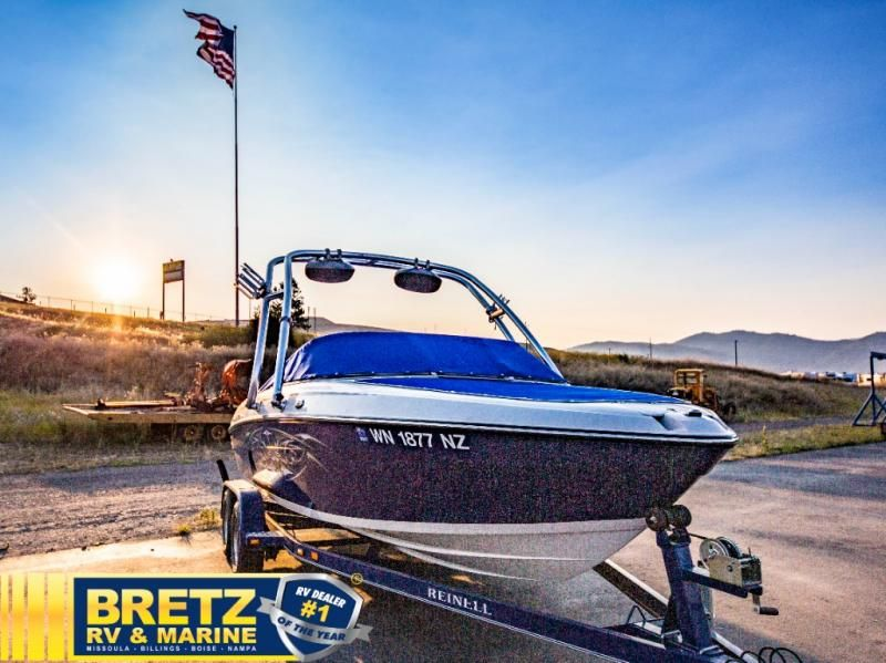 2009 Reinell boat for sale, model of the boat is Reinell 197LX & Image # 2 of 11