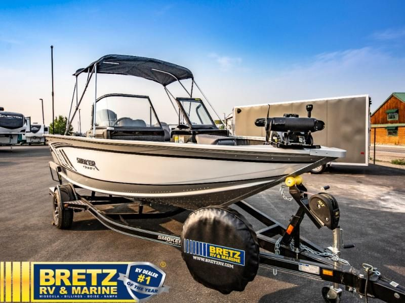 2022 Smoker Craft boat for sale, model of the boat is Pro Angler 182 XL & Image # 2 of 18