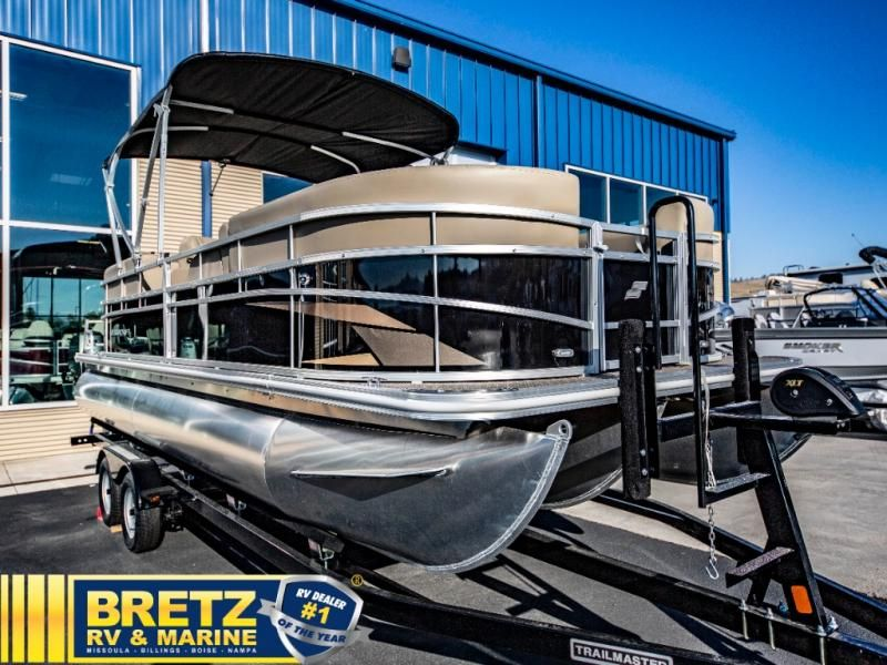 2022 Starcraft boat for sale, model of the boat is LX Series 22 R & Image # 6 of 14