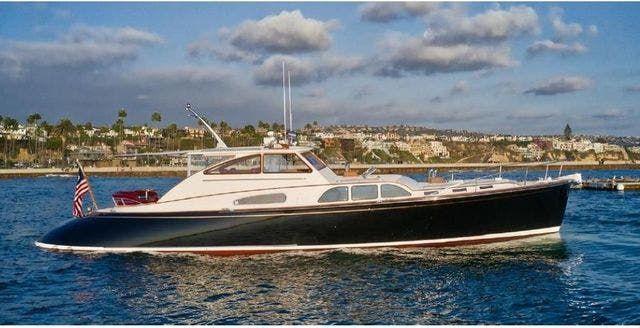 2005 DEREKTOR SHIPYARDS boat for sale, model of the boat is CHANNEL CRUISER & Image # 1 of 30