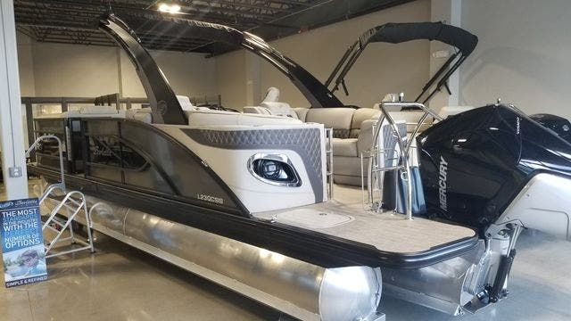 2021 Barletta boat for sale, model of the boat is L23QCSSATT & Image # 2 of 12