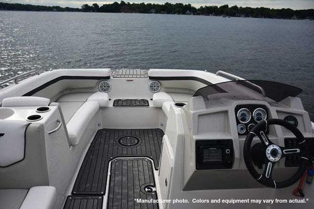 2022 Starcraft boat for sale, model of the boat is 211SVX/OB & Image # 2 of 8