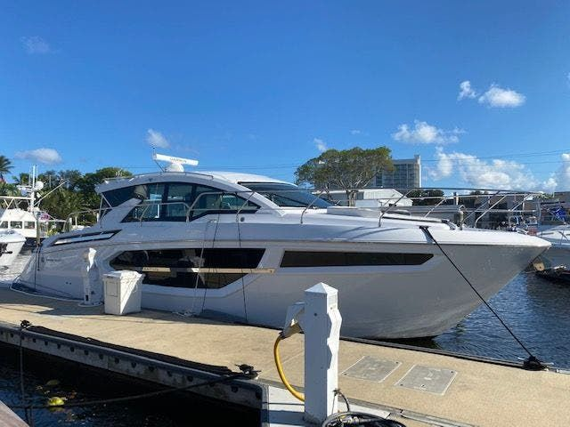 2021 Cruisers Yachts boat for sale, model of the boat is 42CANTIUS & Image # 1 of 28
