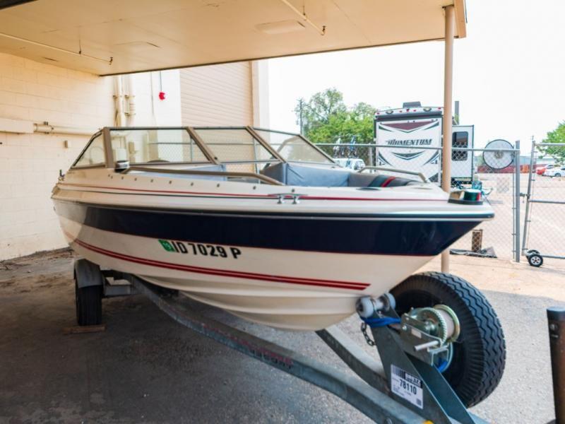 1986 Bayliner boat for sale, model of the boat is CAPRI 16 & Image # 1 of 17