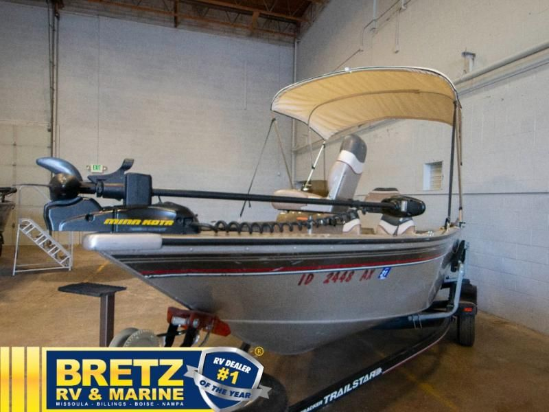 2003 Tracker Boats boat for sale, model of the boat is Tracker Pro Guide V16SC & Image # 2 of 14