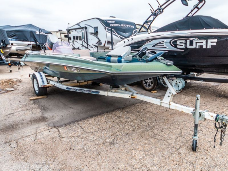 1989 Smoker Craft boat for sale, model of the boat is Smoker Craft 17 & Image # 2 of 11
