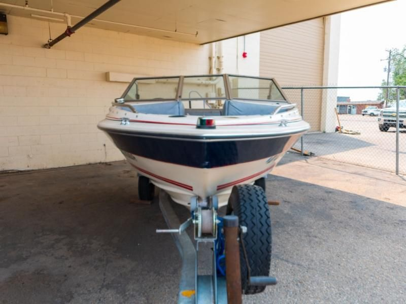 1986 Bayliner boat for sale, model of the boat is CAPRI 16 & Image # 2 of 17