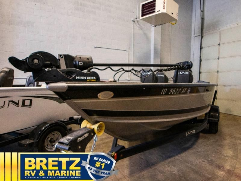 2020 Lund boat for sale, model of the boat is Pro Guide 1875 & Image # 3 of 19