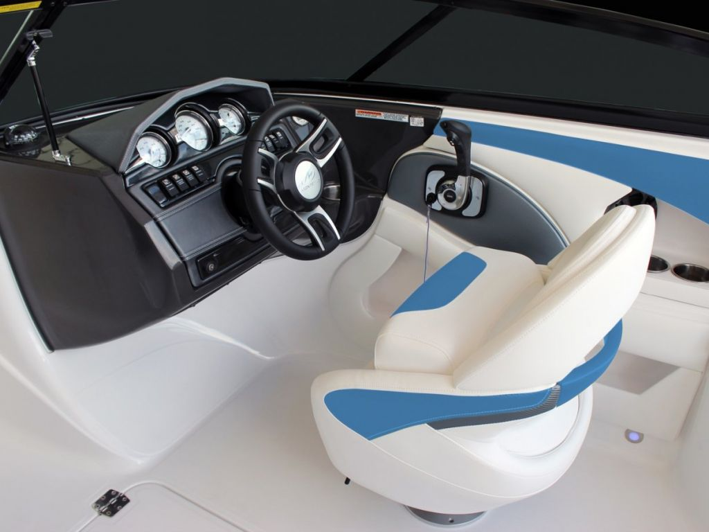 2021 Monterey boat for sale, model of the boat is 224FS & Image # 2 of 33