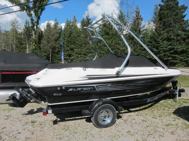 2012 Larson boat for sale, model of the boat is LX 850 & Image # 1 of 7