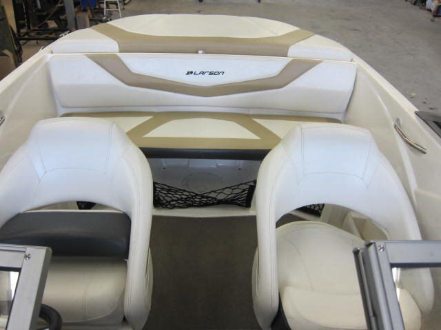 2012 Larson boat for sale, model of the boat is LX 850 & Image # 7 of 7