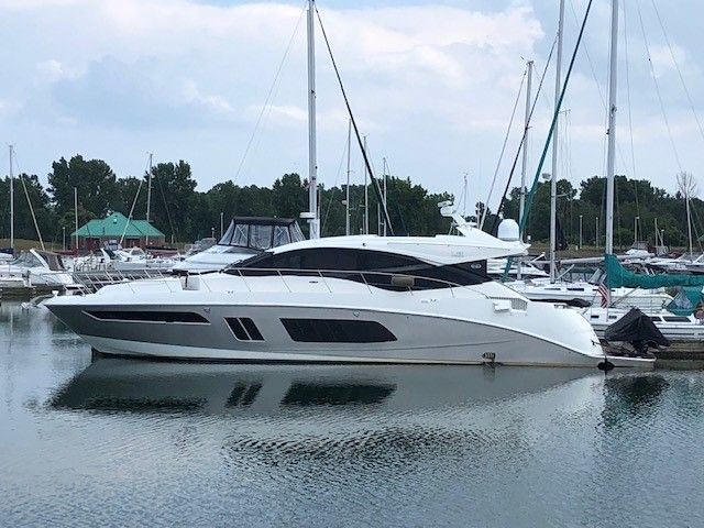 2015 Sea Ray boat for sale, model of the boat is L650 & Image # 1 of 2